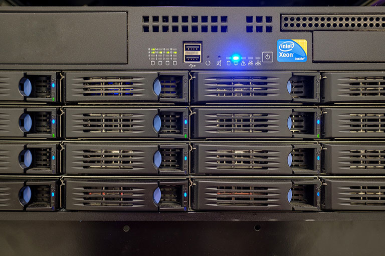 A rack mount Intel Xeon server
